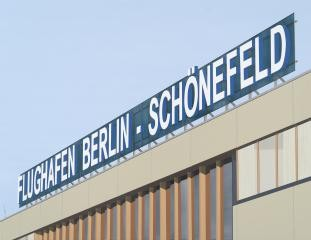 Berlin Schoenefeld, by Daniel Rich