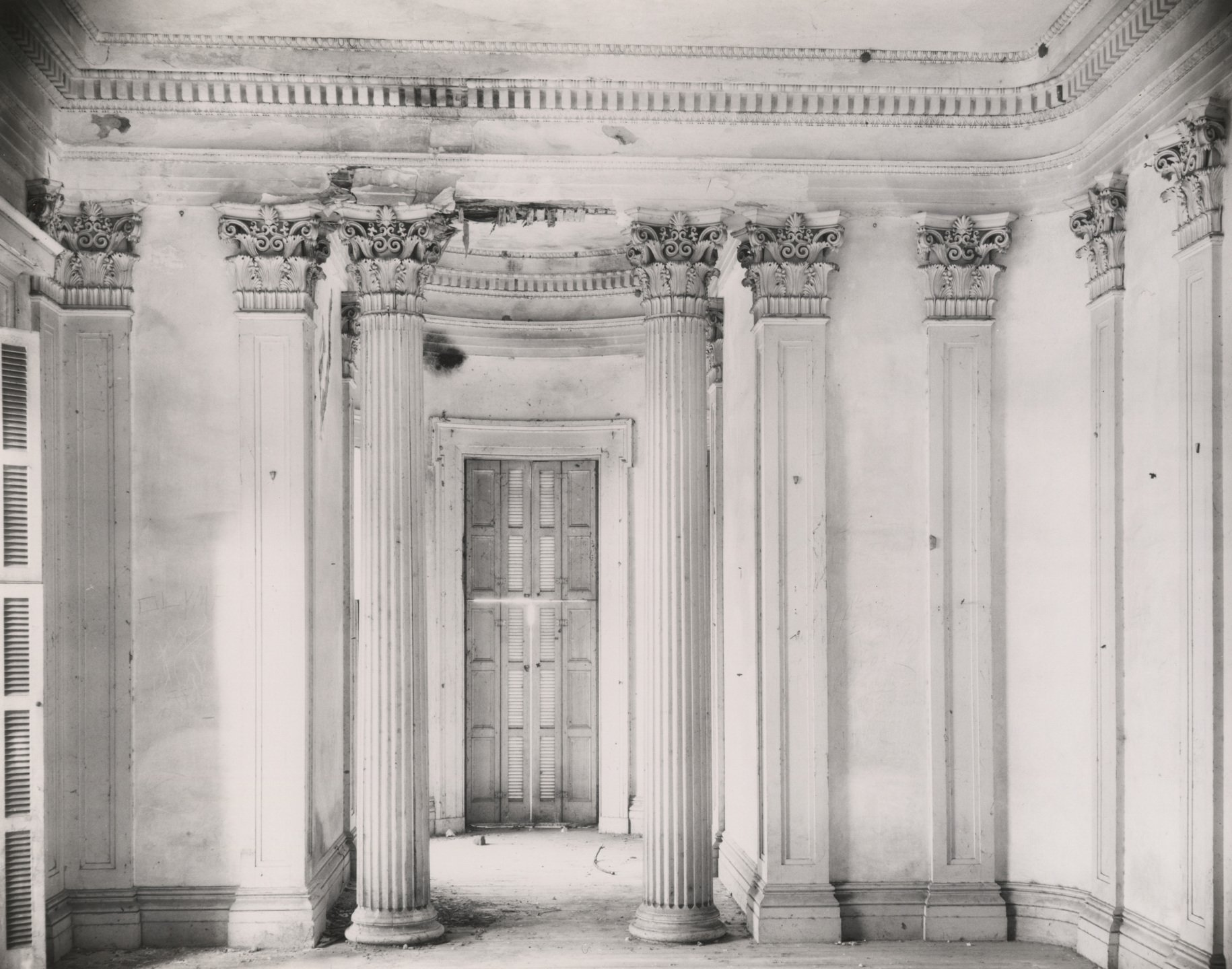 Walker Evans, Breakfast Room at Belle Grove Plantation, White Chapel, Louisiana
